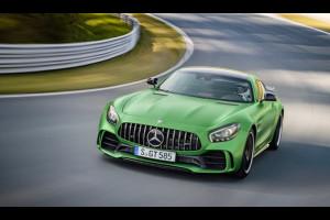 Mercedes-AMG GT R: la nuova regina dell'Inferno Verde [FOTO E VIDEO]