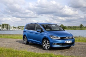 Nuova Volkswagen Touran, la nuova generazione è stata ottimizzata sotto tutti i punti di vista [FOTO]