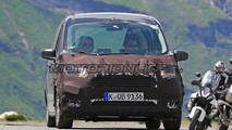 Ford Tourneo Courier - Foto spia 10-07-2017