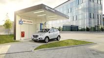 Hyundai ix35 Fuel Cell - stazione di rifornimento di idrogeno di Offenbach