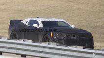 Nuova Chevrolet Camaro Z28 - Foto spia 15-04-2016