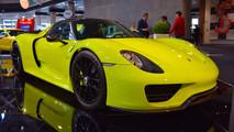 Porsche 918 Spyder Weissach Acid Green