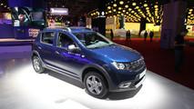 Dacia Sandero MY 2017: il facelift si presenta al Salone di Parigi [FOTO LIVE]