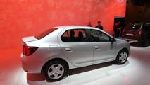 Nuova Dacia Logan: FOTO LIVE dal Salone di Parigi 2016