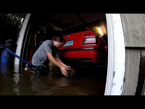 Stati Uniti | Come un uomo ha salvato la sua BMW M3 dall'uragano (VIDEO)