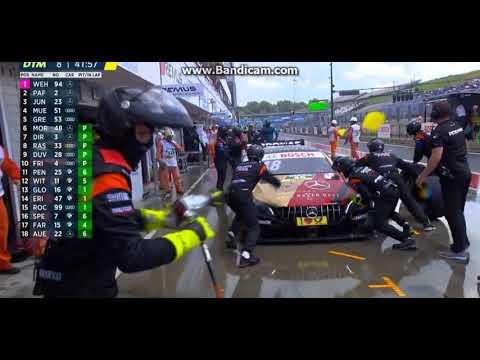 DTM | Gomme slick e pioggia: triplo incidente nei box! [VIDEO]