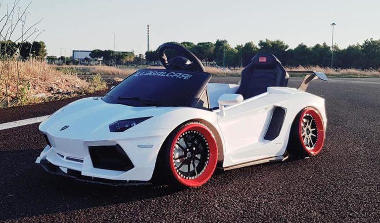 La Lamborghini Aventador per bambini più estrema che ci sia