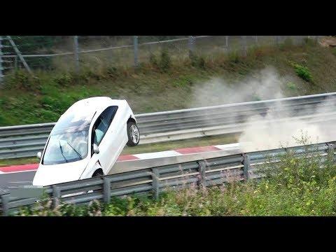 Cosa succede se l'ABS non funziona bene, al Nurburgring [VIDEO]