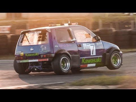Ecco com'è (e come va) una Fiat Cinquecento con il motore di una Kawasaki ZX10-R [VIDEO]