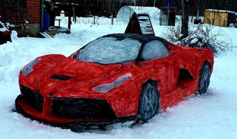 """Una coppia lituana crea una Ferrari """"La Ferrari"""" completamente fatta di neve, incredibile ma vero! [VIDEO]"""