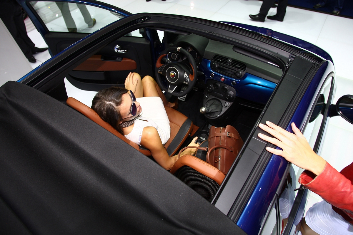 500 Abarth Cabrio Italia - Salone di Francoforte 2011
