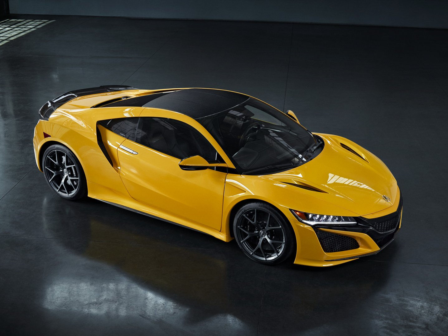 Acura NSX indy yellow pearl