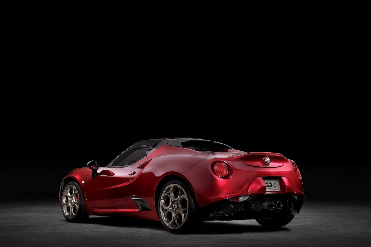 Alfa Romeo 4C Spider 33 Stradale Tributo - Foto ufficiali