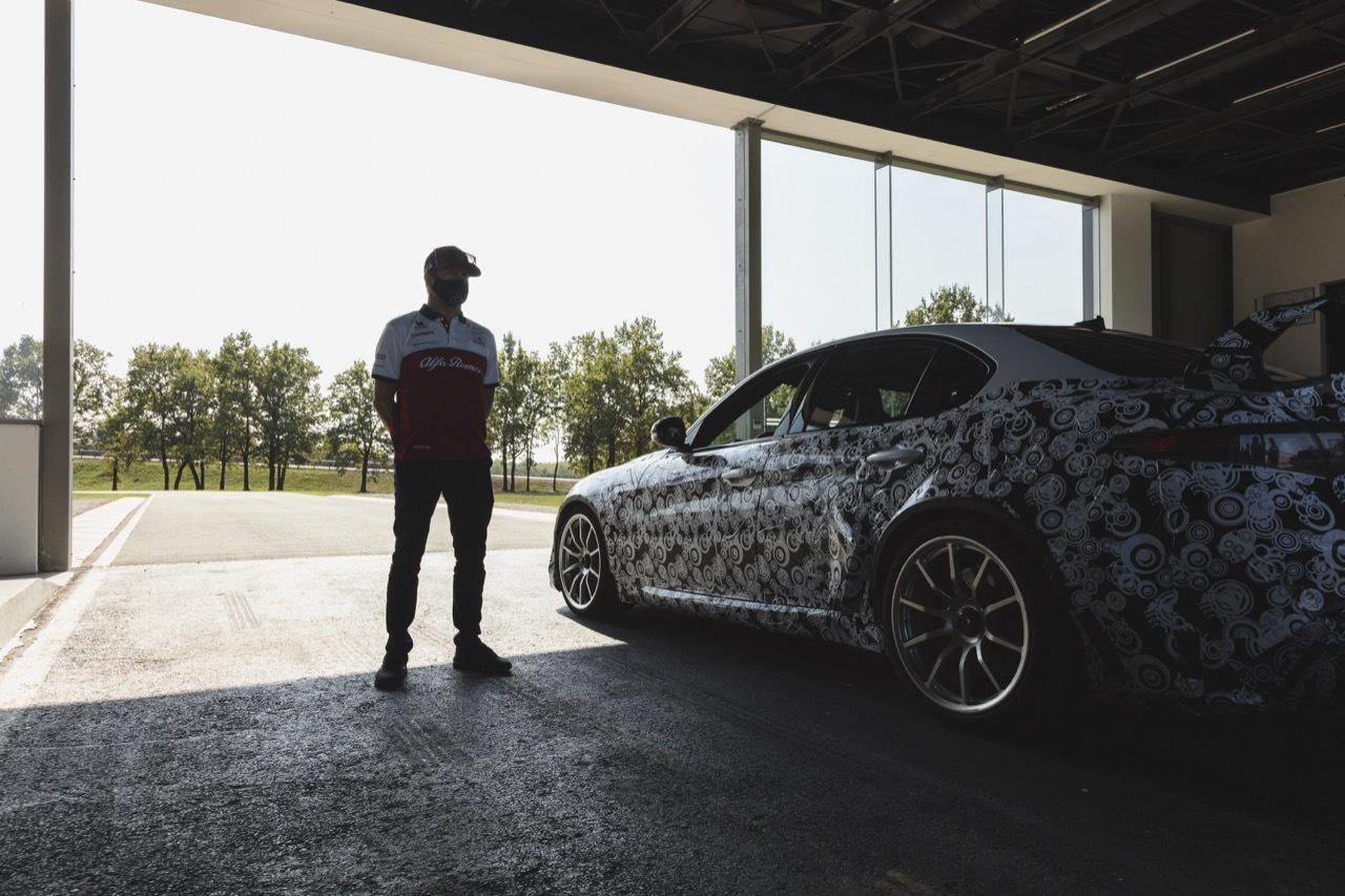 Alfa Romeo Giulia GTA e GTAm -  test di Raikkonen e Giovinazzi