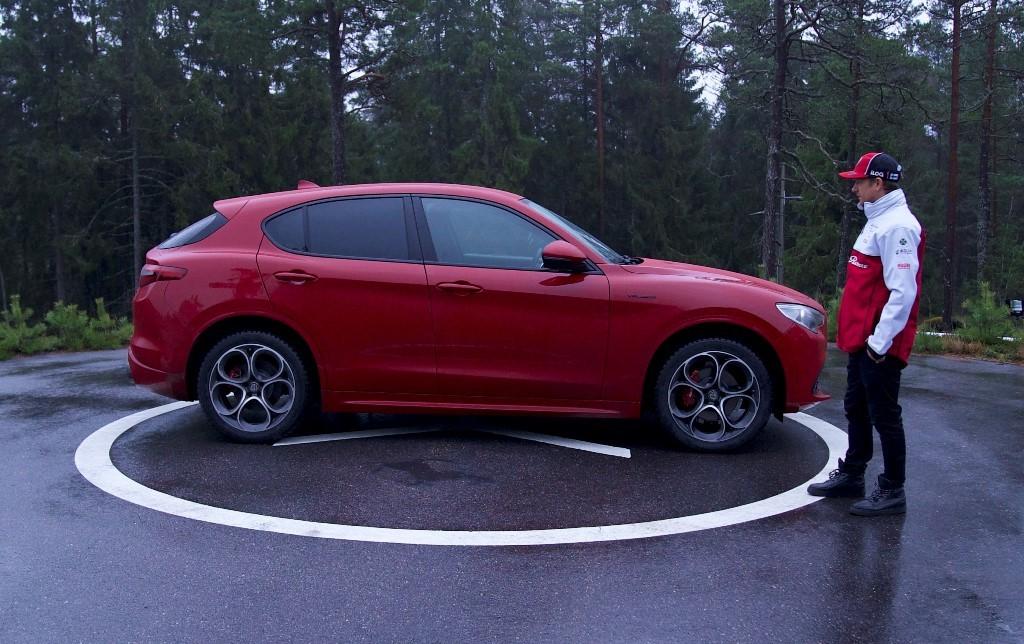 Alfa Romeo Stelvio - Kimi Raikkonen