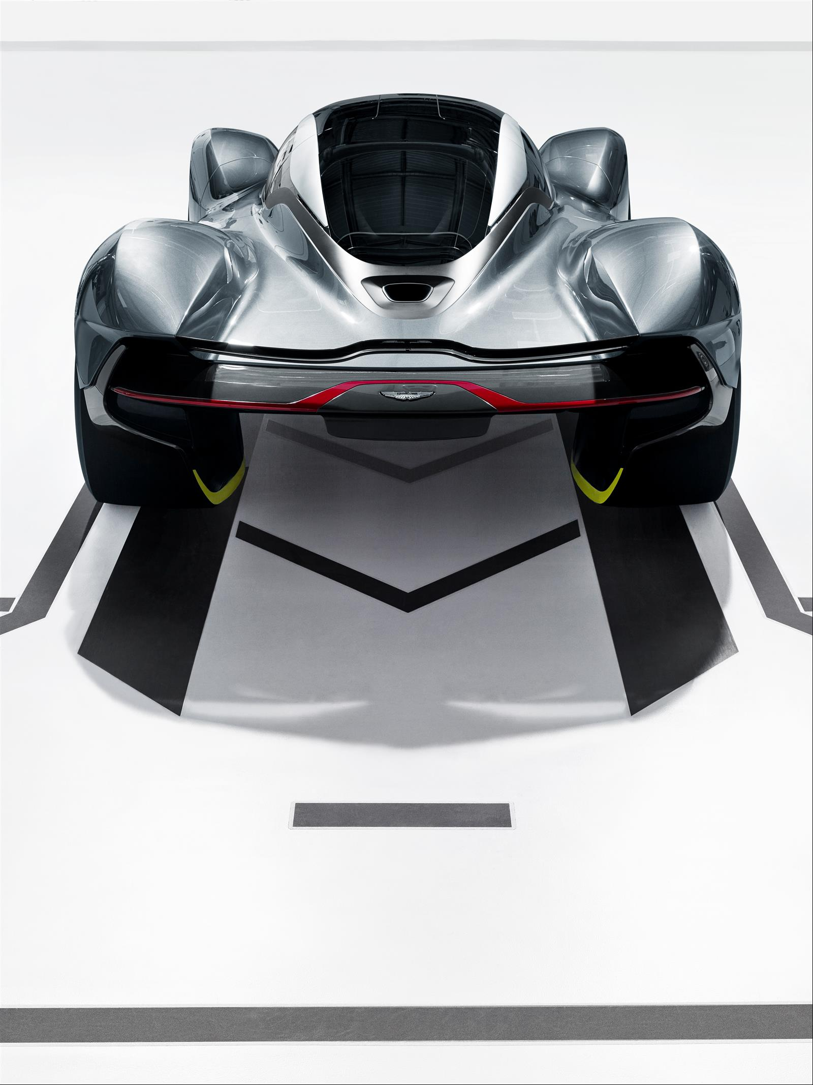 Aston Martin Red Bull Am Rb 001 3 9