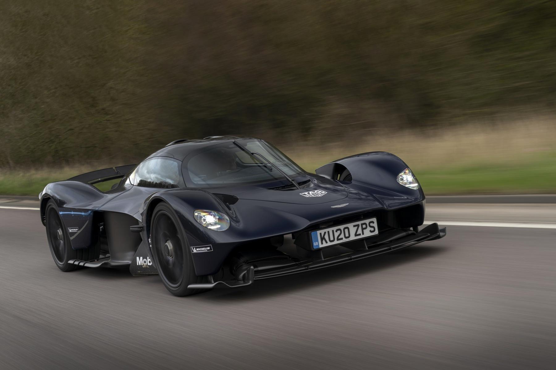 Aston Martin Valkyrie 2020