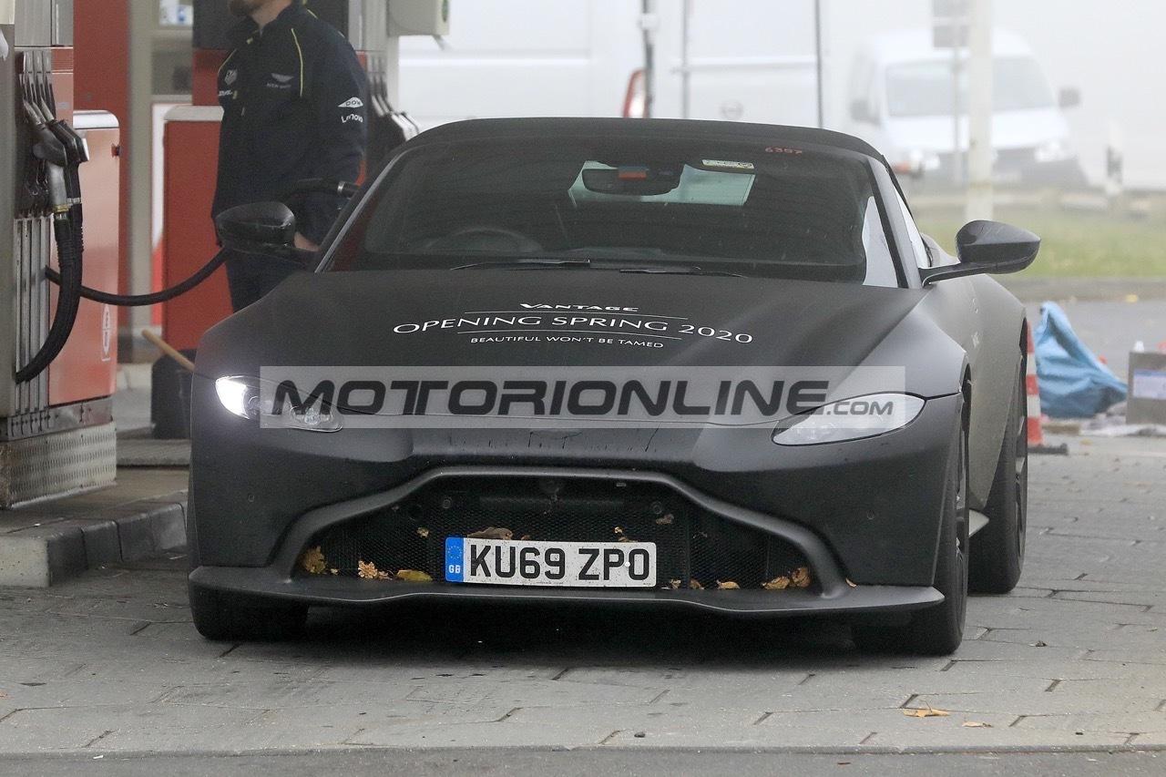 Aston Martin Vantage Volante - Foto spia 11-11-2019