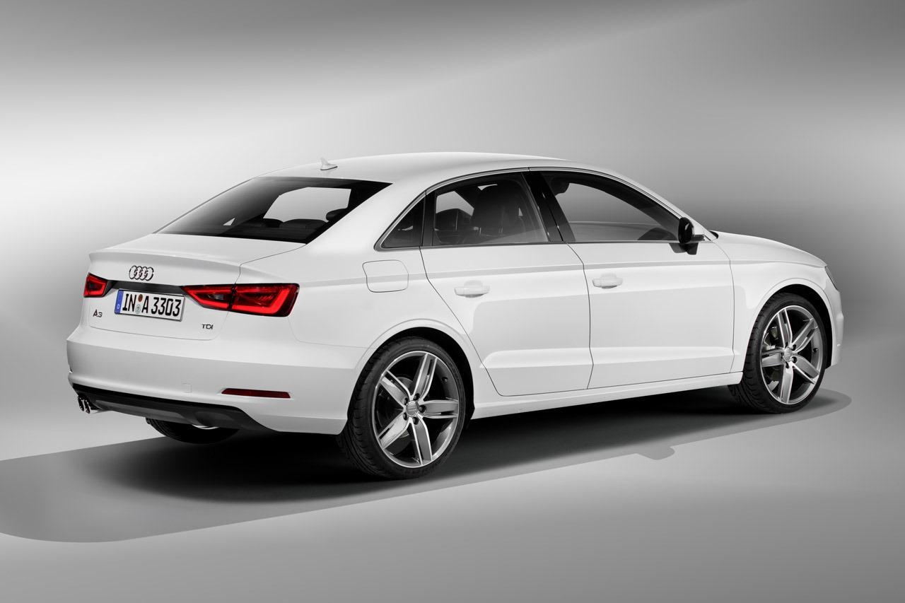 Audi a3 berlina 2013 3 10 for Lunghezza audi a4 berlina