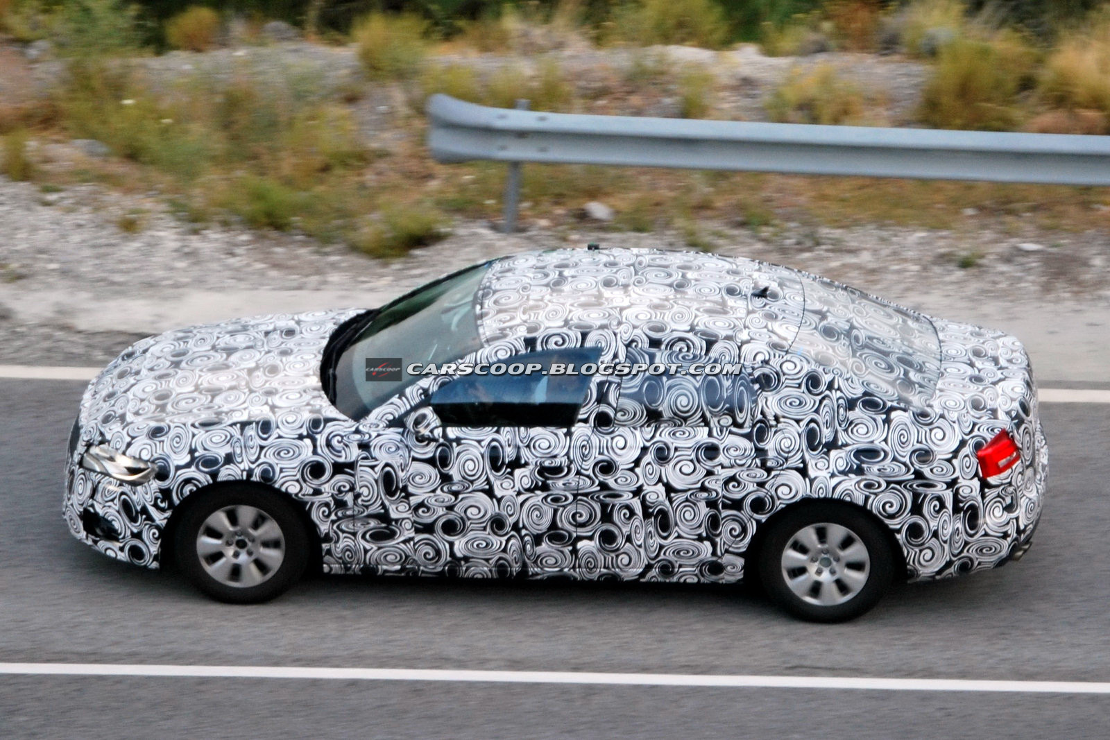 Audi A6 2012 - Foto spia 28-08-2010