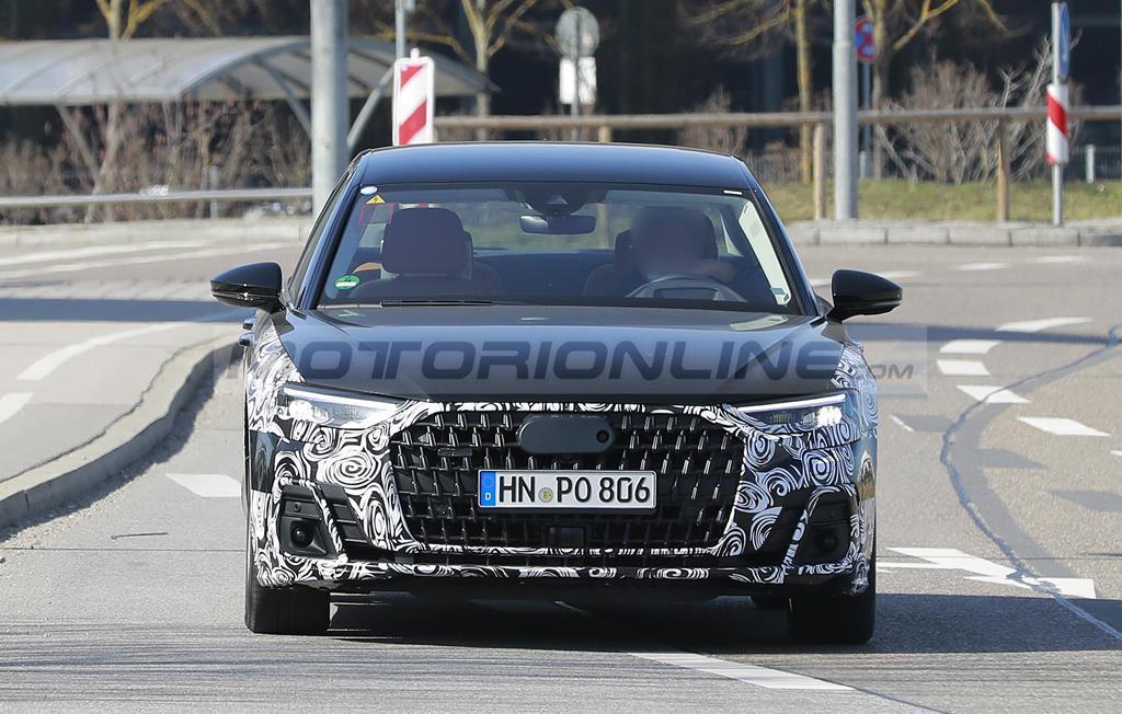 Audi A8 2022 - Foto spia 04-05-2021