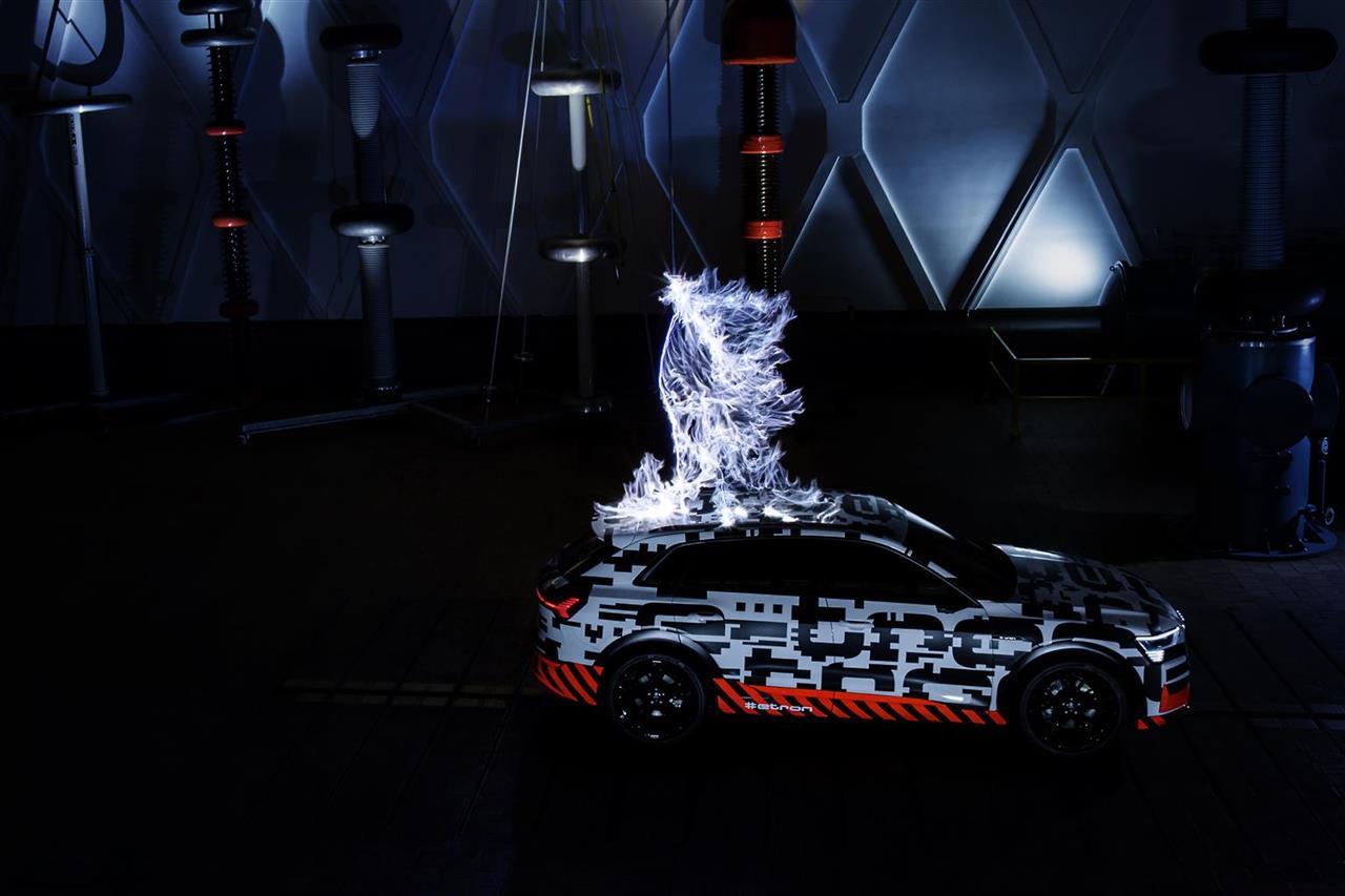 Audi e-tron nella gabbia di Faraday
