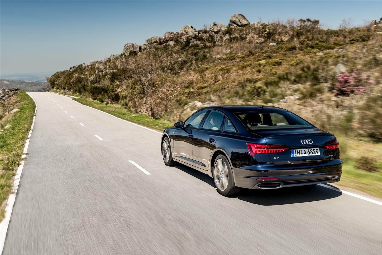 Audi Q2, Q3, A6 e A6 Avant