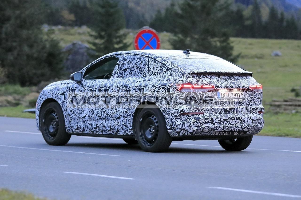 Audi Q4 e-tron Sportback - Foto spia 12-10-2020