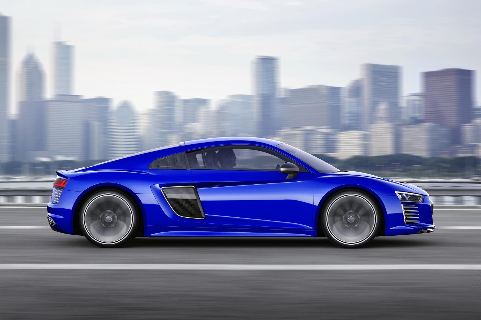 Audi R8 e-tron piloted driving concept