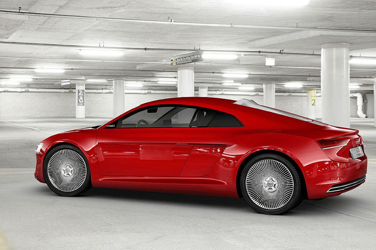 Audi R8 E Tron Foto 8 Di 14