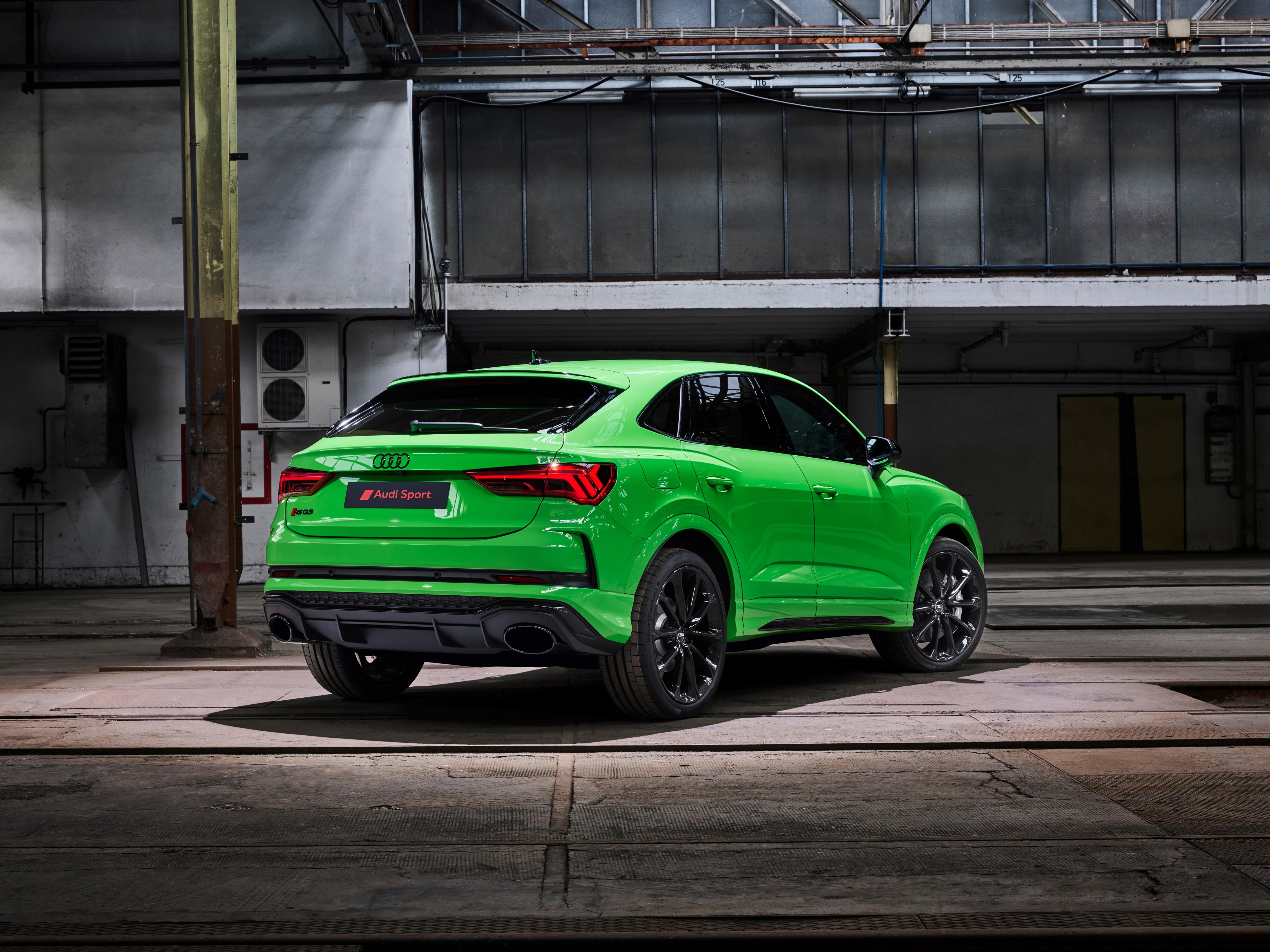 Audi RS Q3 - Audi RS Q3 Sportback