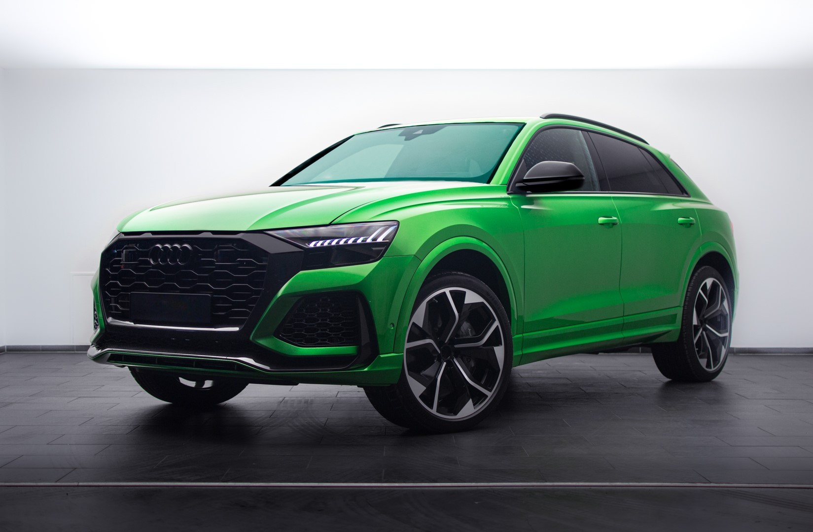 Audi RS Q8 Java Green