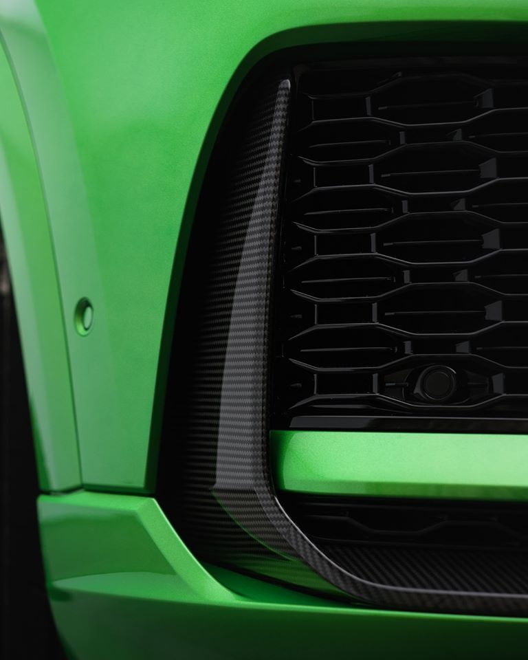Audi RS Q8 Java Green