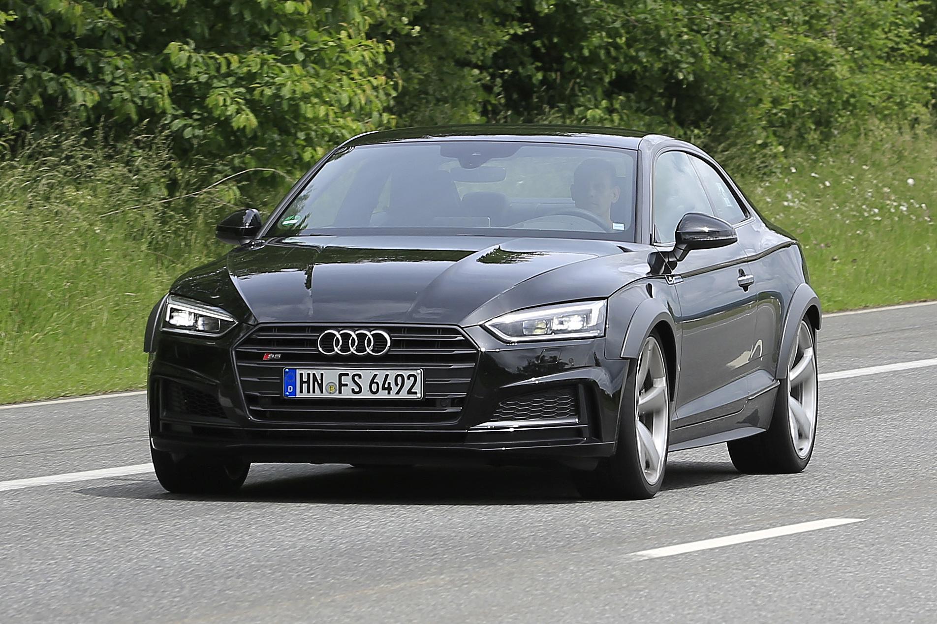 Audi Rs5 Foto Spia Giugno 2016 Foto 5 Di 6
