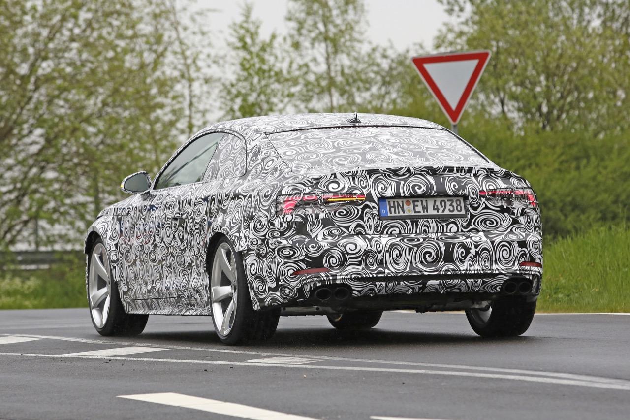 Audi RS5 - foto spia (maggio 2016)