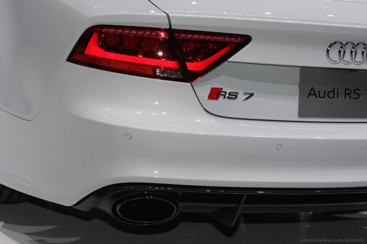 Audi Rs7 Sportback Salone Di Detroit 2013 Foto 27 Di 37