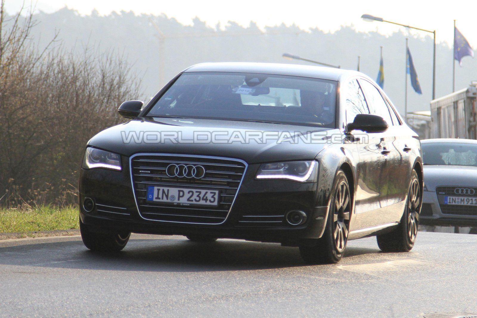 Audi S8 foto spia