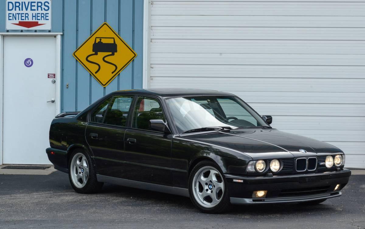 Bmw E34 M5 10 23