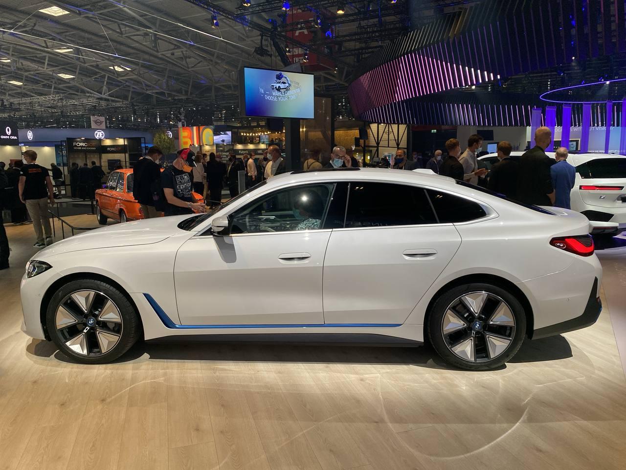 BMW i4 - Salone di Monaco 2021