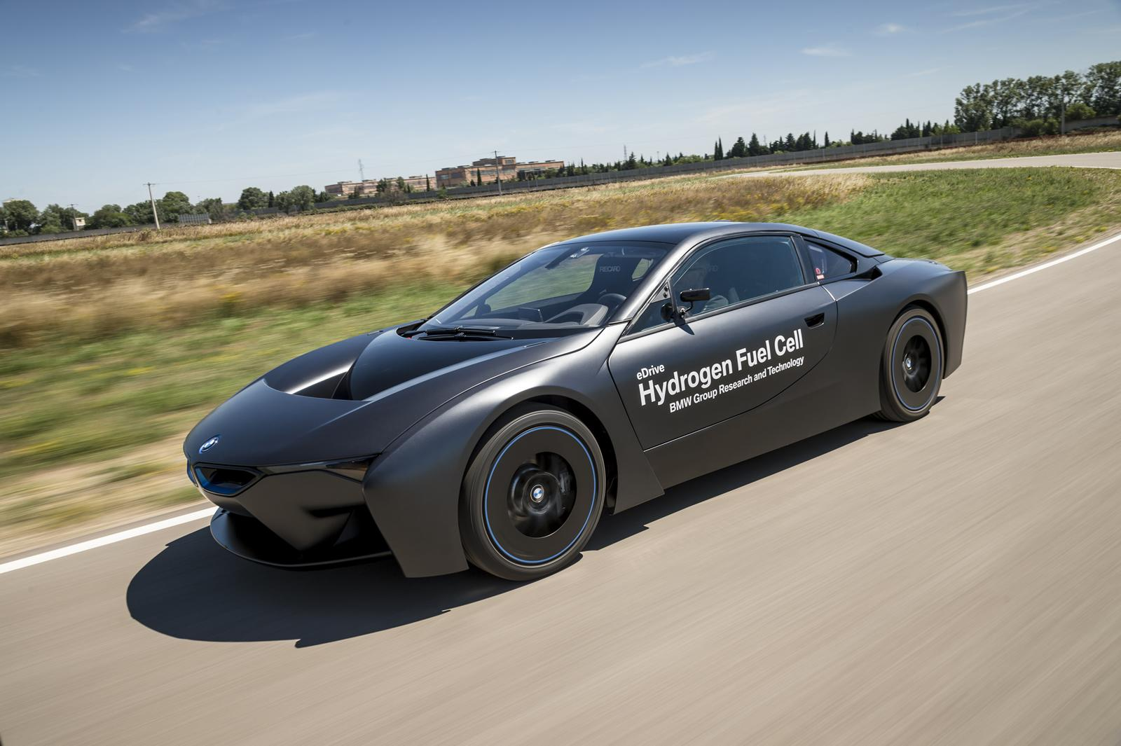 BMW i8 Fuel Cell