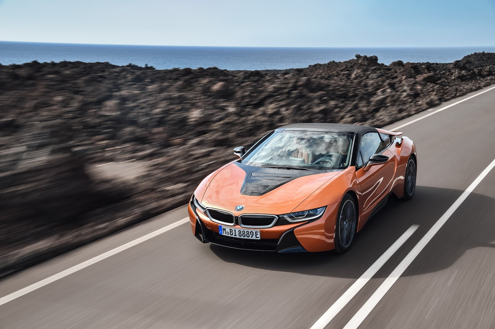 BMW i8 Roadster e nuova i8 Coupe