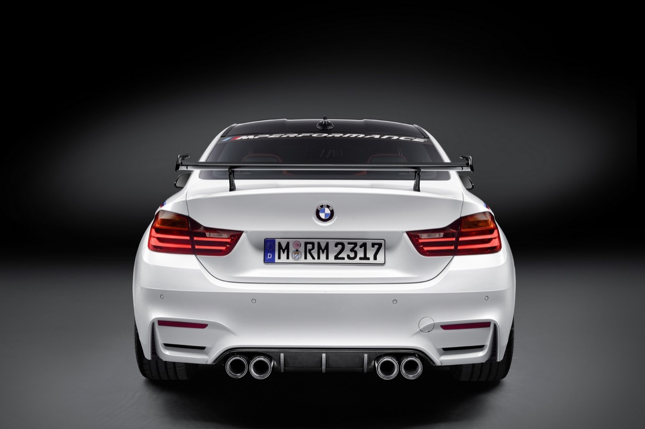 BMW M4 Coupe con parti M Performance