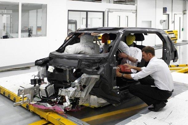 BMW Megacity Vehicle 2013 immagini ufficiali