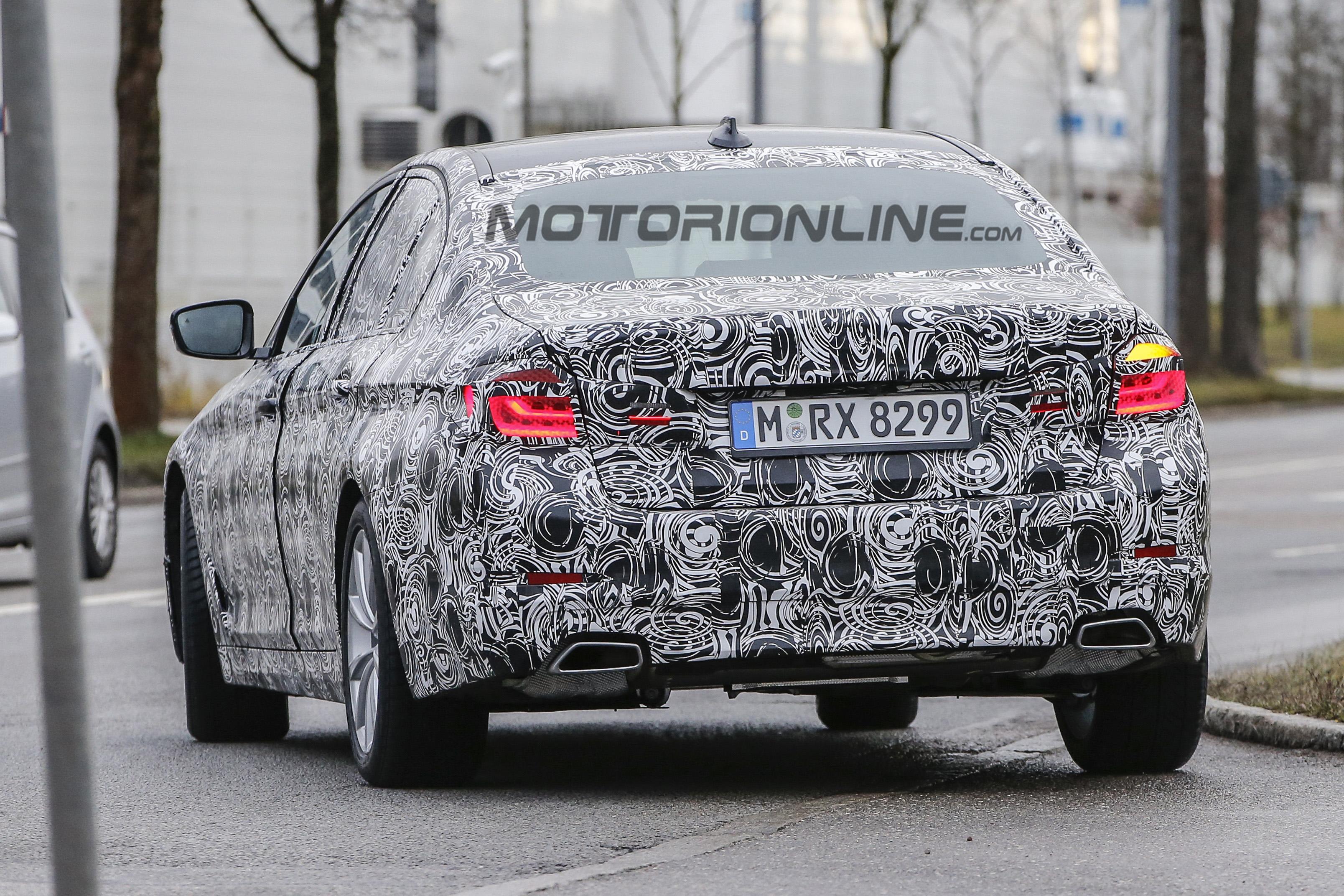 BMW Serie 5 MY 2017 - Foto spia 07-01-2016