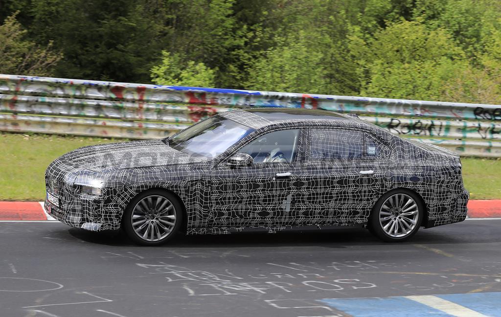 BMW Serie 7 2022 - Foto spia 20-05-2021