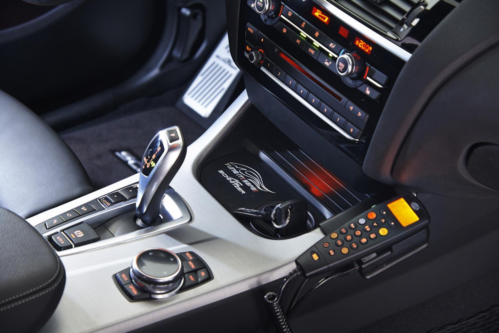BMW X4 Police by AC Schnitzer