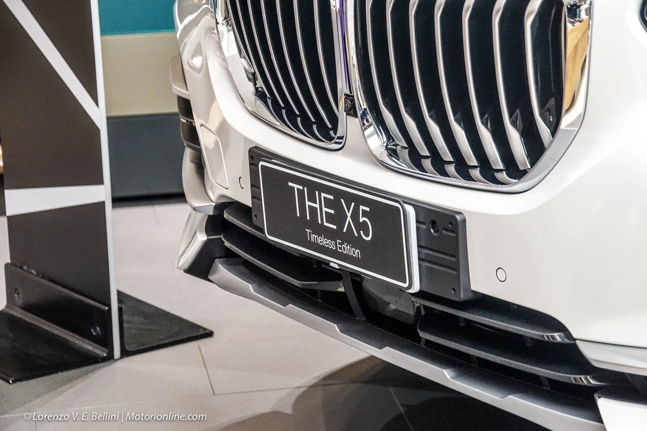 BMW X5 Timeless Edition Alcantara