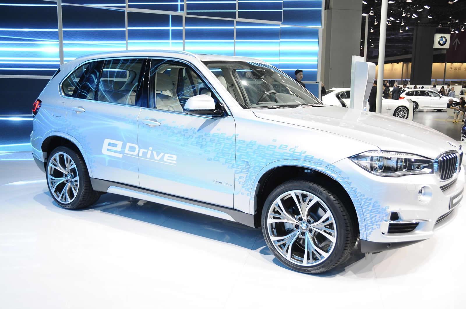 BMW X5 xDrive40e - Salone di Shanghai 2015