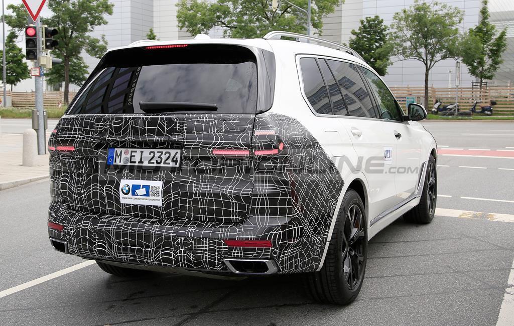 BMW X7 2022 - Foto spia 22-07-2021