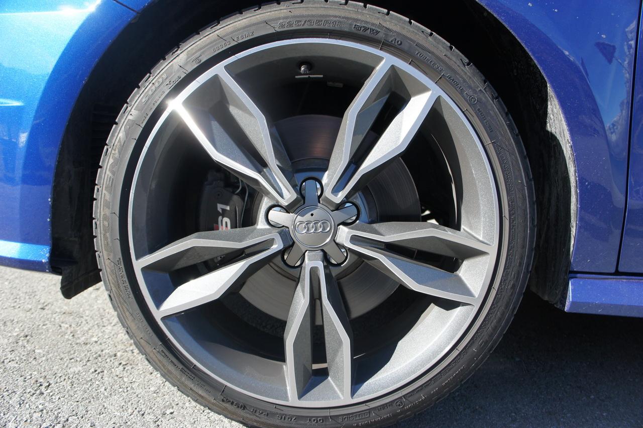 Bridgestone Potenza S001 Amp Audi S1 Foto 24 Di 59